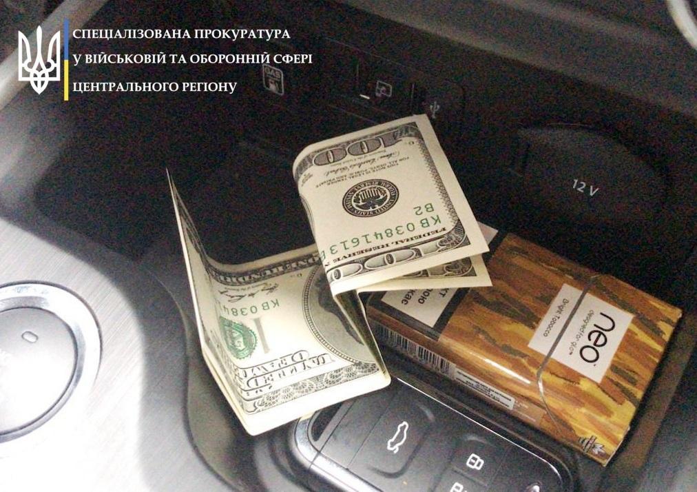 На Вінниччині власник підпільного казино пропонував щомісячний хабар працівнику СБУ (Фото)