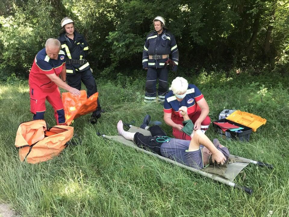 На Вінниччині рятували травмованого пастуха (Фото)