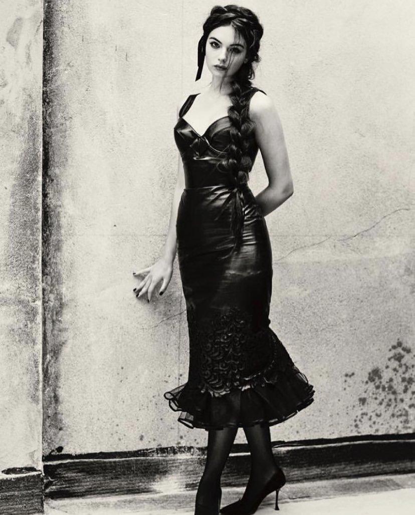 Моника Беллуччи впервые снялась для обложки глянца вместе со своей дочерью Девой Кассель