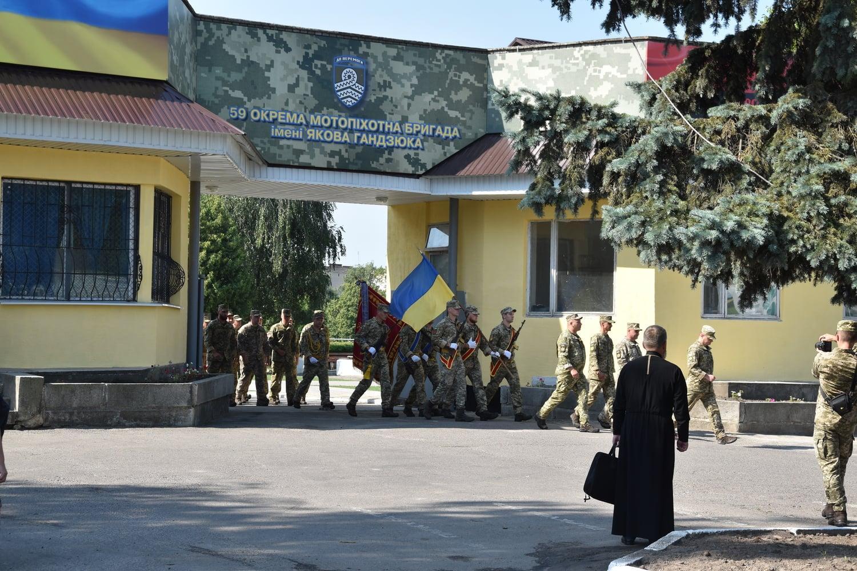 У Гайсині зустріли бійців 59 мотопіхотної бригади, які повернулися із зони ООС (Фото)