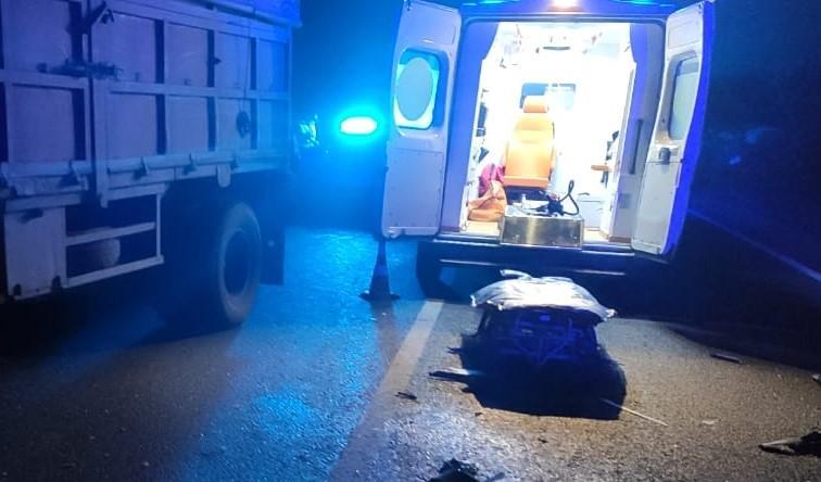 У Тульчинському районі мікроавтобус зіткнувся з вантажівкою. Загинула жінка (Фото)