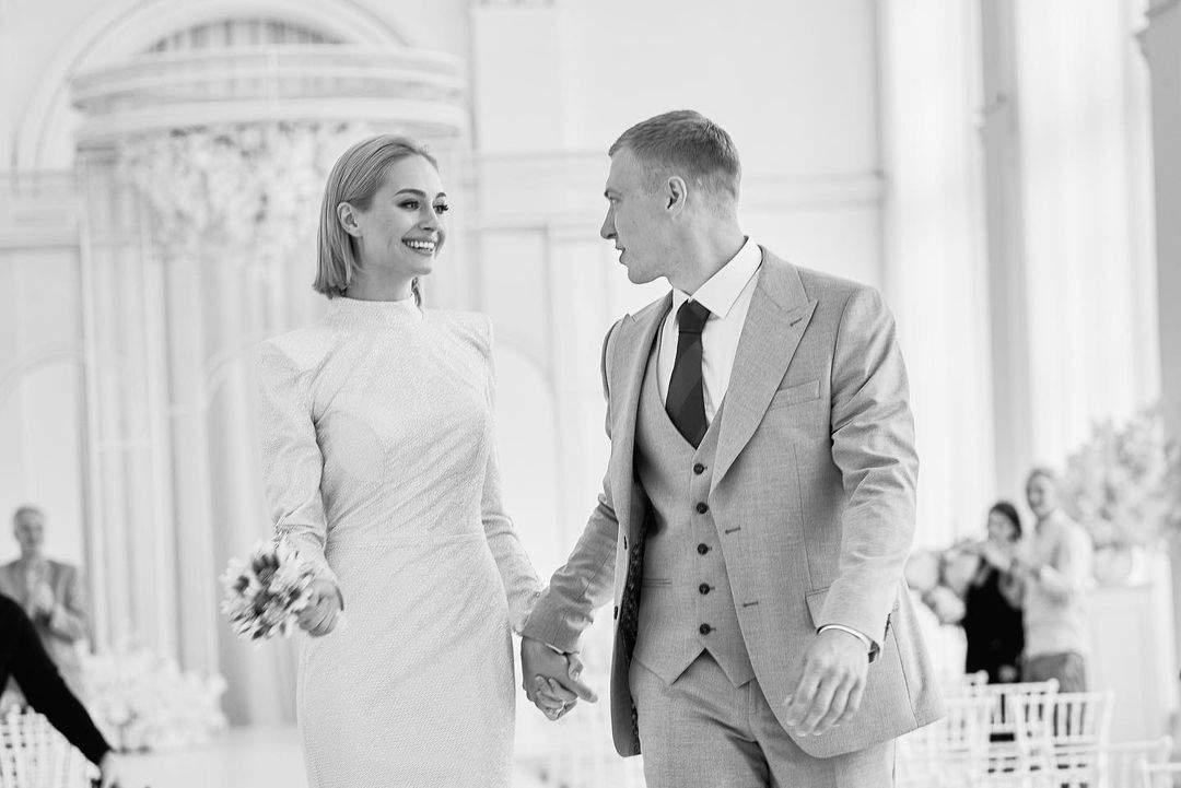 Актори Григорій Бакланов та Анастасія Цимбалара зіграли весілля (Фото)
