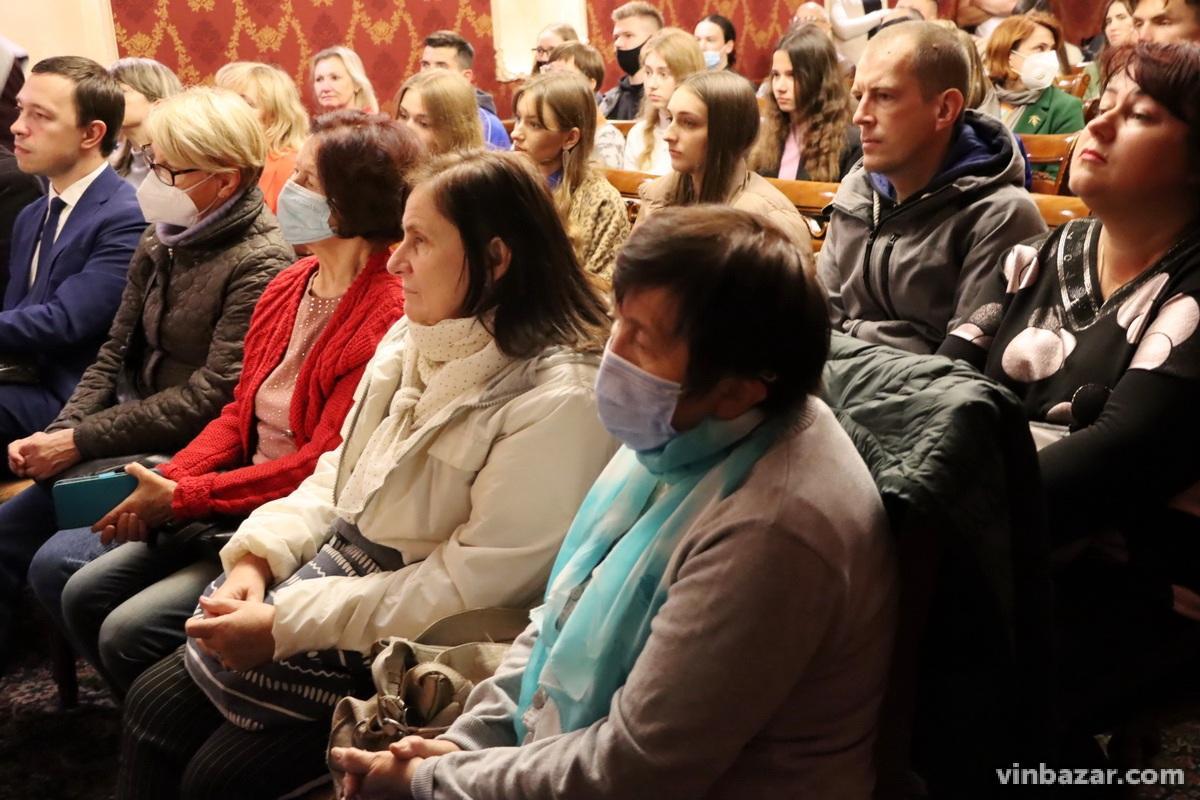 Зустріч з Олегом Сенцовим у Вінниці зібрала аншлаг (Фото+Відео)